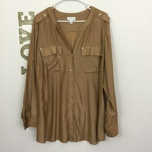 CHARTER CLUB WOMAN GOLD BUTTON DOWN SHIRT